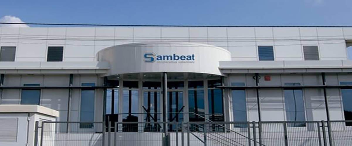 SAMBEAT COOP V, líder en la fabricación de patas y tiradores para muebles, perfilería de aluminio, accesorios de baño y cocina y terminales plásticos